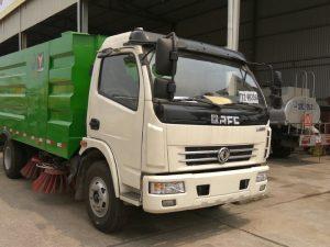 Xe quét đường hút bụi Dongfeng 5m3