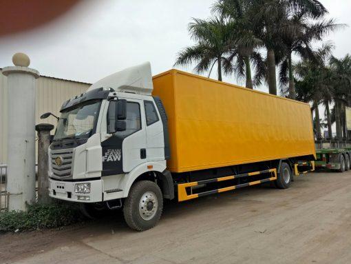 Xe tải thùng kín Faw 4x2 3