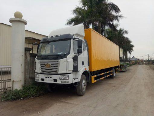 Xe tải thùng kín Faw 4x2 1