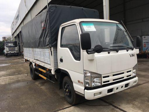 Xe tải thùng mui bạt Isuzu QHR650 3,5 tấn 1