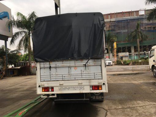 Xe tải thùng mui bạt Isuzu QHR650 3,5 tấn 2