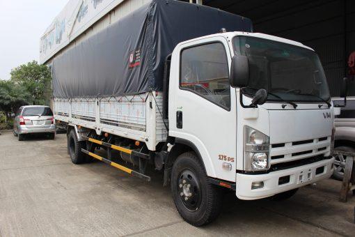 Xe tải thùng mui bạt Isuzu FN129 1