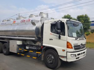 xe xăng dầu hino bồn nhômFL 21m3
