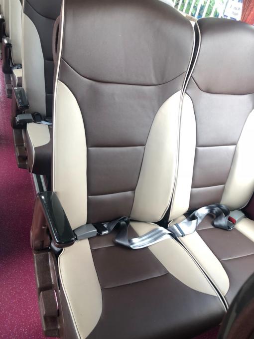 xe ô tô khách UNIVERSE động cơ HINO K29S E5 2