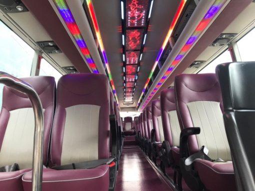 xe ô tô khách UNIVERSE K47S động cơ Hino Euro 5 6