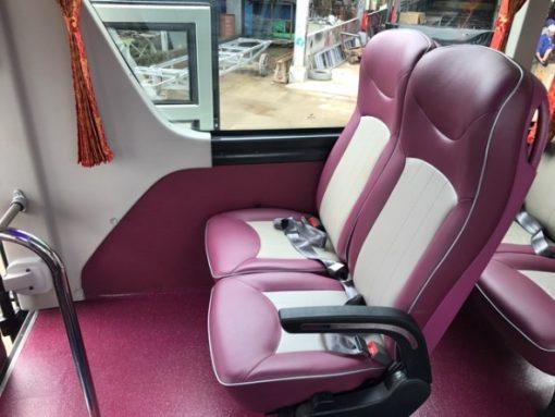 xe ô tô khách UNIVERSE K47S động cơ Hino Euro 5 5