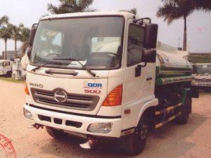 xe phun nước rửa đường 6 khối HinoFC