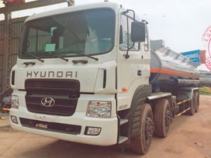 xe chở xăng dầu 22 khối Hyundai Hd320