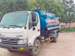 xe chở xăng dầu 6 khối Hino Wu