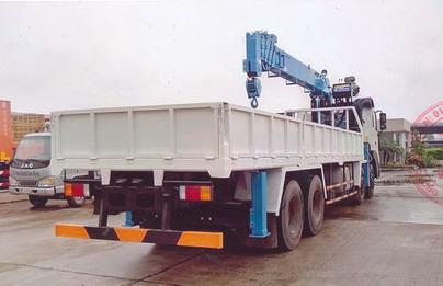 xe tải gắn cẩu Dongyang 10 tấn Hyundai HD320