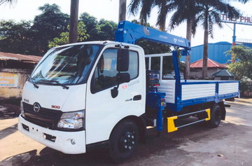 xe tải gắn cẩu Tadano 3 tấn HINO XZU720L