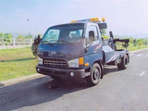xe cứu hộ giao thông kéo xe Hyundai hd700