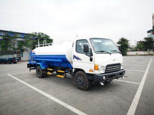 Xe phun nước rửa đường 7 khối Hyundai HD800