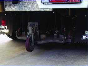 xe quét đường hút bụi 6 khối Hino FG 2