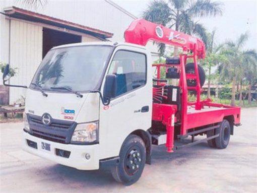 xe cứu hộ giao thông kéo xe Hino xzu720 gắn cẩu Unic V343