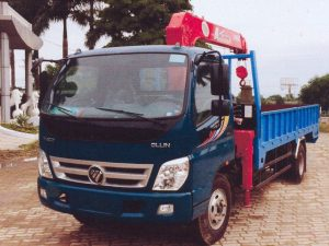 xe tải gắn cẩu Unic 3 tấn 4 đốt Thaco olin 700B