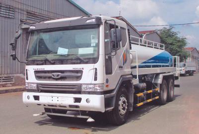 xe phun nước rửa đường 13 khối DAEWOO K7CEF