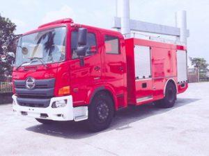 xe cứu hỏa 5 khối nước 0,5 khối bọt Hino FG