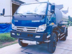 xe chở xăng dầu 7 khối THACO FLD600B-4WD