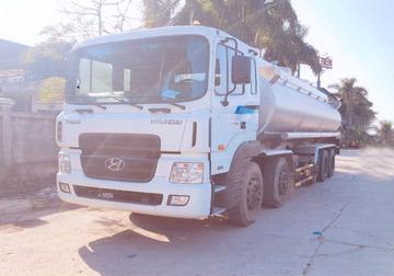 xe chở xăng dầu 28 khối Hyundai hd360